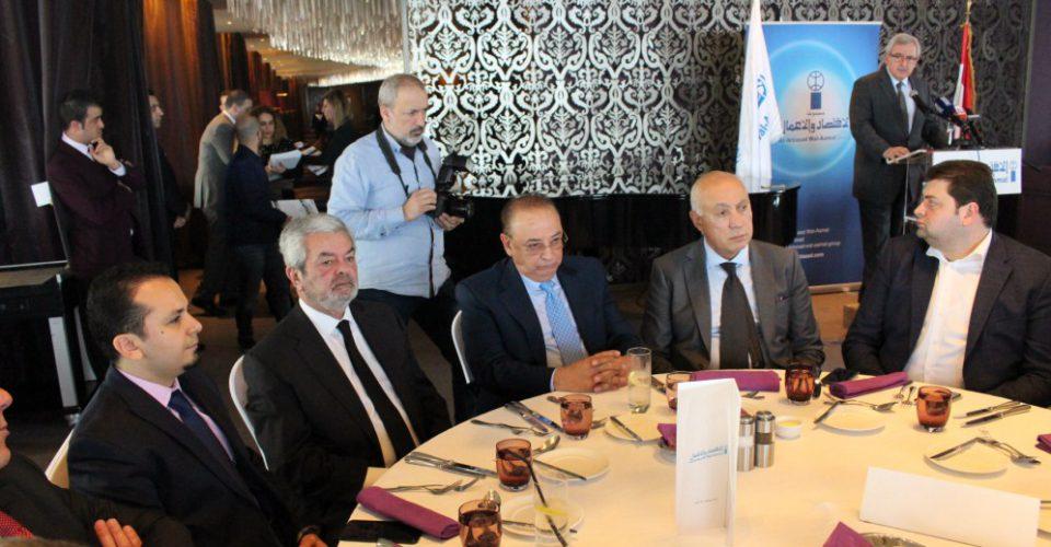 الدكتور حسن تاج الدين ملبياً دعوة مجموعة الاقتصاد والأعمال لمأدبة غداء برعاية رئيس الحكومة